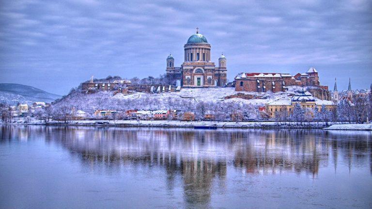pielgrzymka-polonia-travel-Esztergom-min