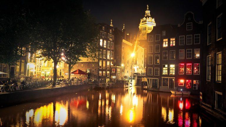 pielgrzymka-polonia-travel-holandia-amsterdam-min