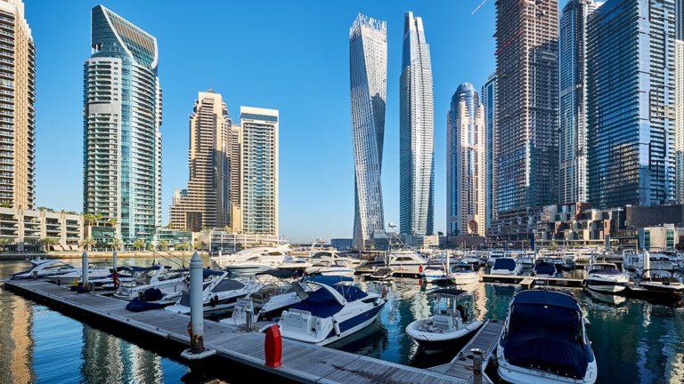 wycieczka-polonia-travel-dubaj-marina-min